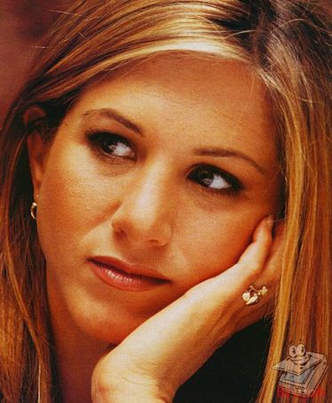 BabeStop - World's Largest Babe Site - jennifer_aniston167.jpg